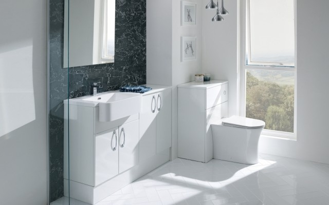 AstonWhiteGloss